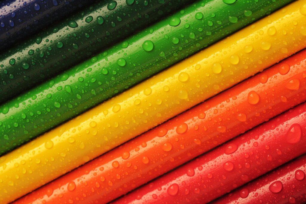 【タイの商習慣・ビジネスマナー】身に着ける色