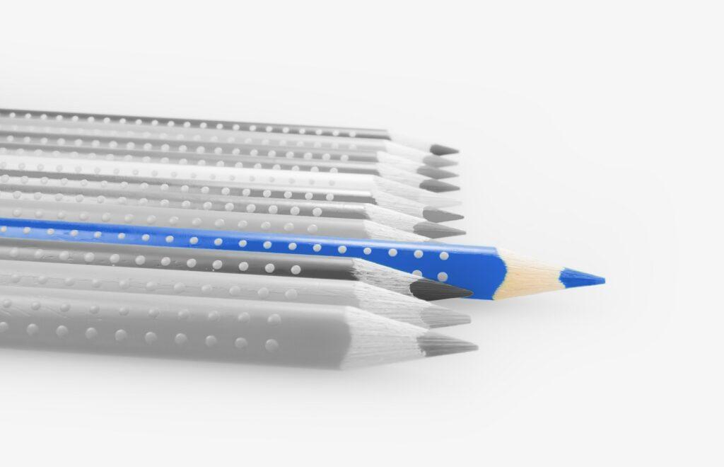【タイの商習慣・ビジネスマナー】青インクのボールペン